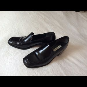 "Vintage Leather Loafers 2.5"" Heels"